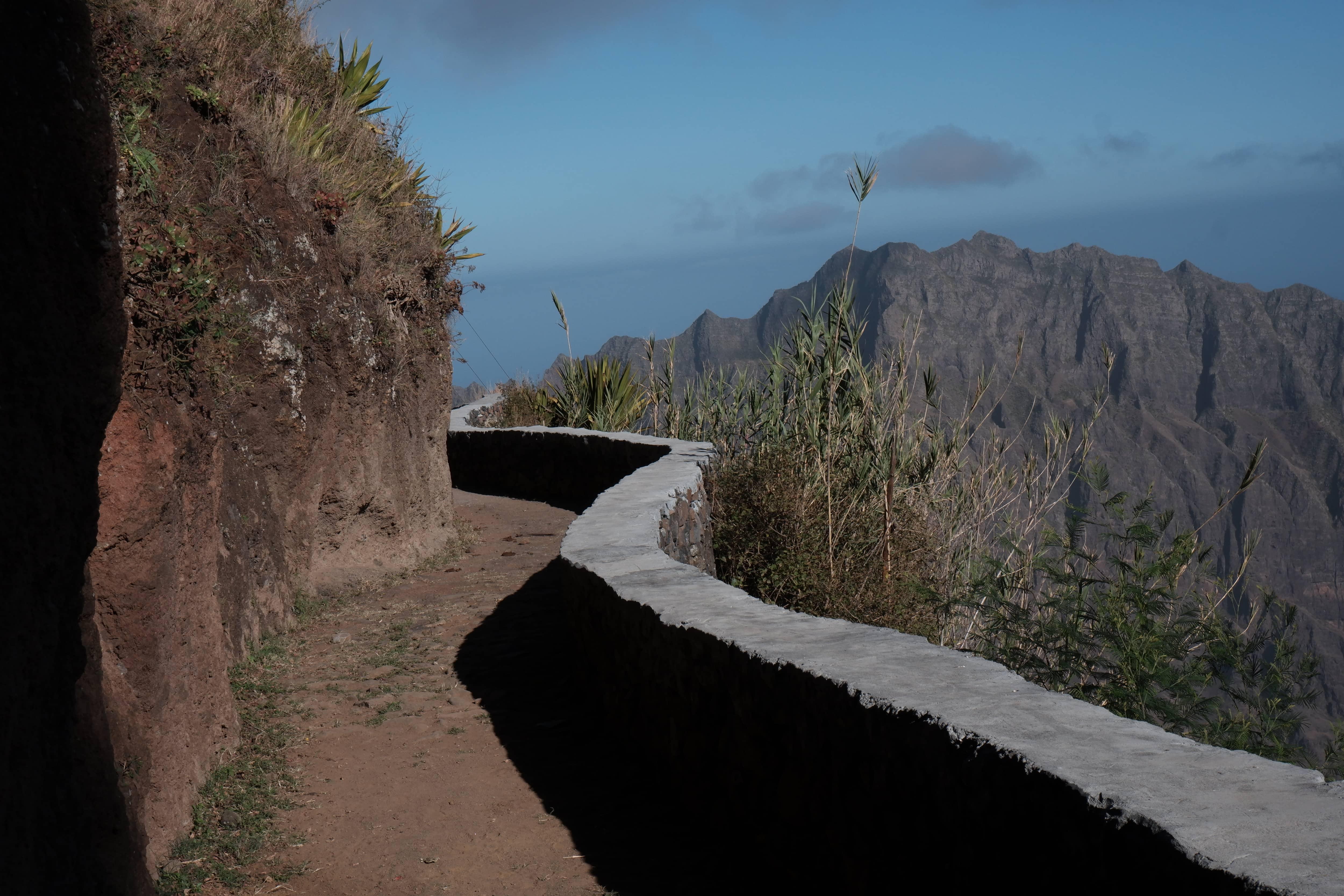 Wanderung von Figueiral, Corda bis zu Cova Krater, auf Santo Antão Insel