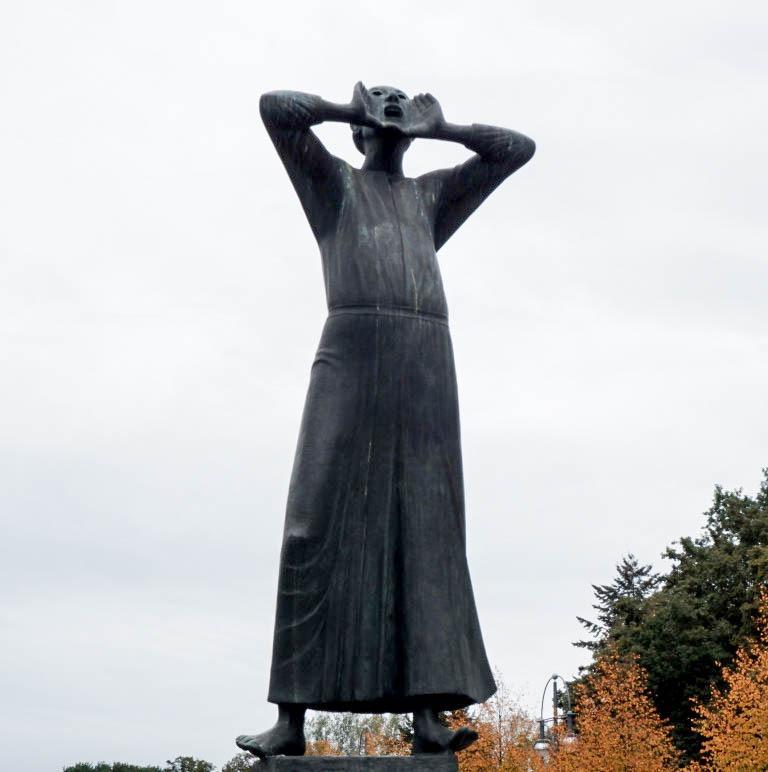 """Photo prise à Berlin, le monument """"Der Rufer"""" (le crieur)"""